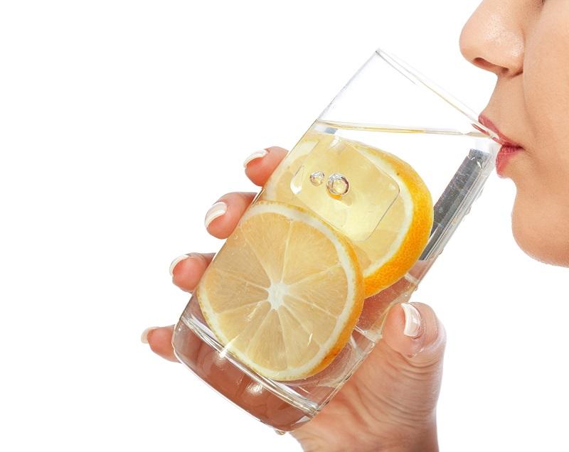 «Пей теплую воду с лимоном натощак, но! Не допускай этой губительной ошибки, ее делают многие пьющие…». Раньше об этом не было сказано.