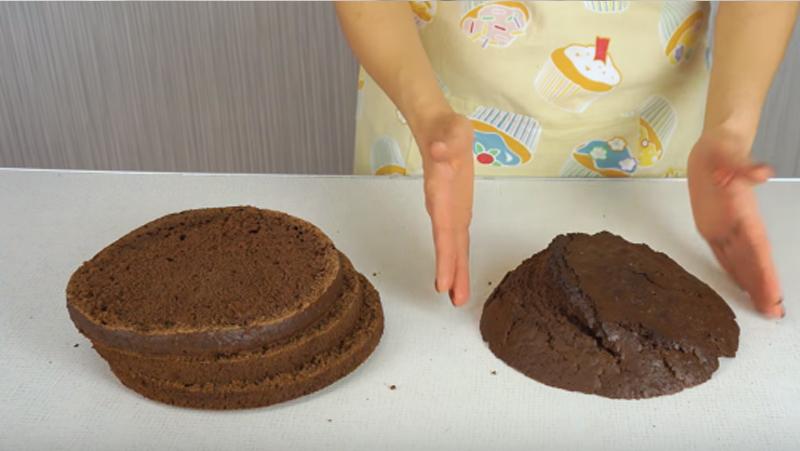 Такого пышного, дырчатого бисквита я еще не пробовала! Главный ингредиент — кипяток, нужно добавить непосредственно перед…